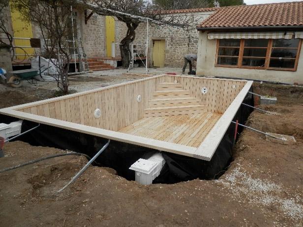 Construction De Piscines Ecologiques En Bois A Malemort Du Comtat 84